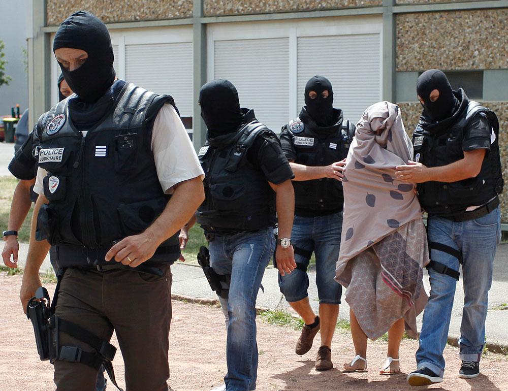 La Policía francesa arresta a la mujer del sospechoso del atentado