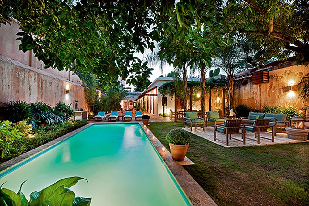 Piscina del hotel boutique Casas del XVI