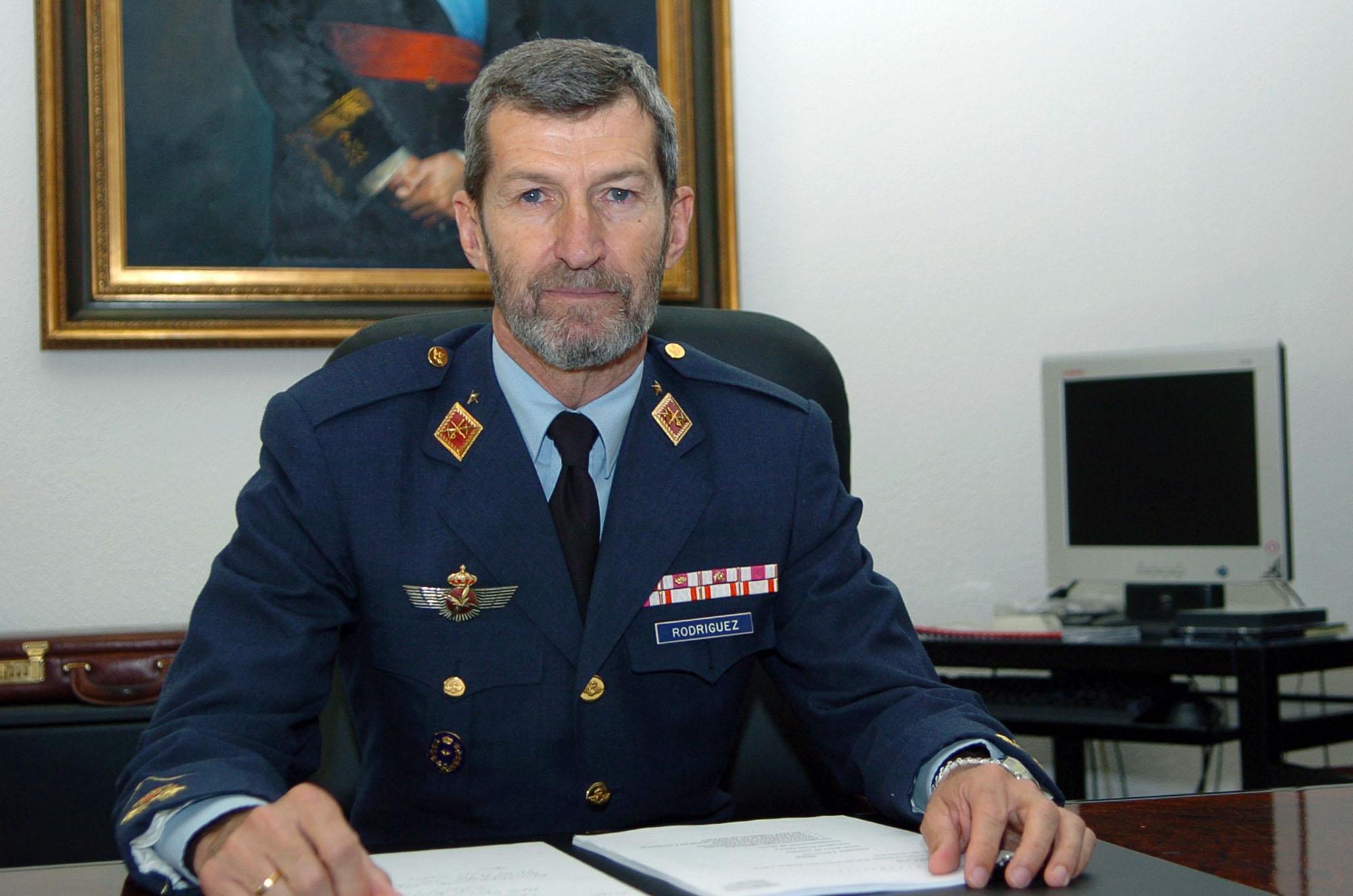 José Julio Rodríguez, ex Jefe del Estado Mayor de la Defensa, irá de número dos de Podemos por Zaragoza.