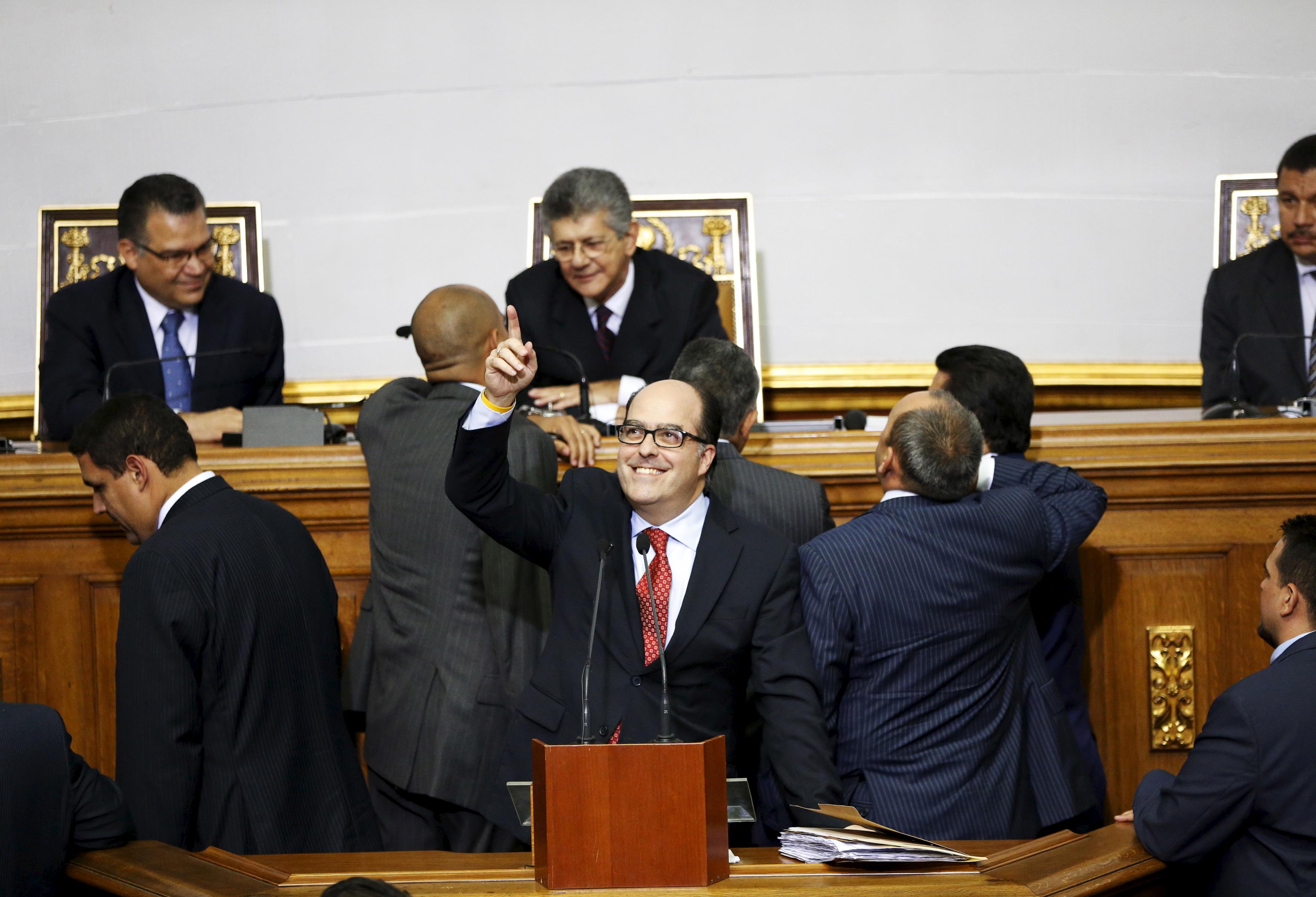 El opositor Julio Borges durante el acto de constitución de la Asamblea Nacional. Reuters
