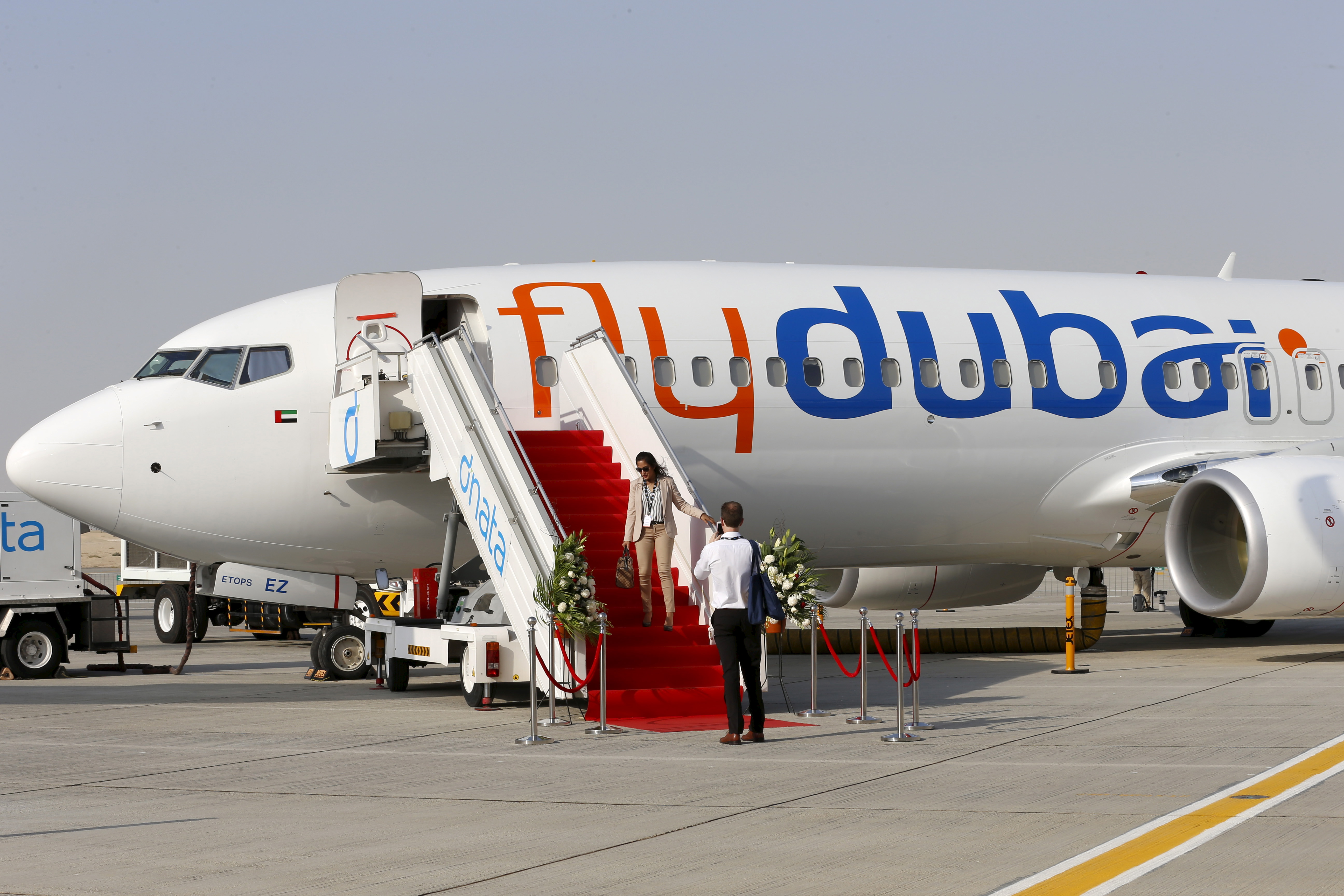 A Flydubai plane is pictured at the Dubai Airshow November 8, 2015. The biennial event will be held November 8-12. REUTERS/Ahmed Jadallah  - RTS60U5