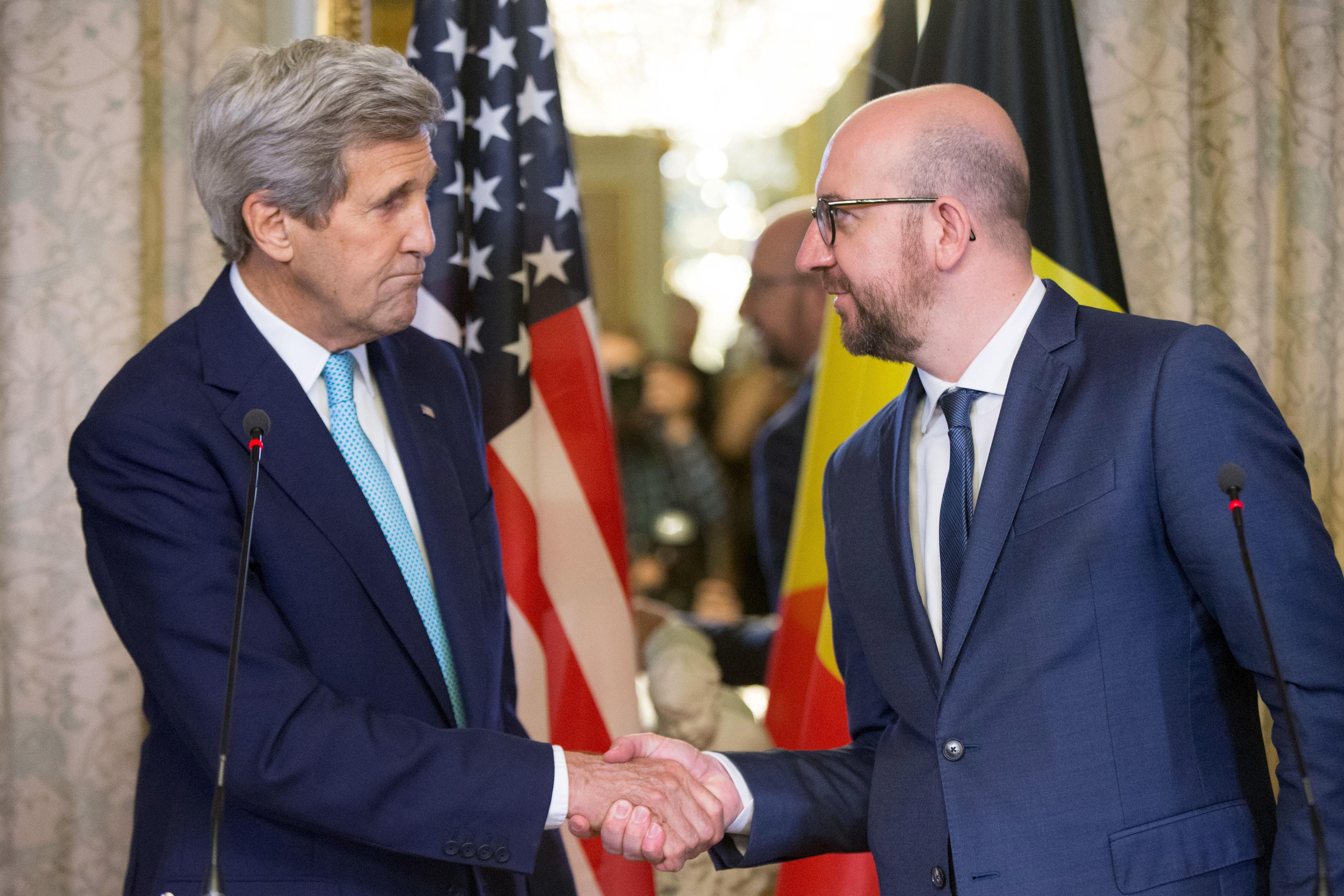 John Kerry y Charles Michel. FOTO: Reuters