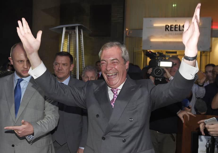 El líder del eurófobo UKIP celebra el Brexit. Foto: Reuters