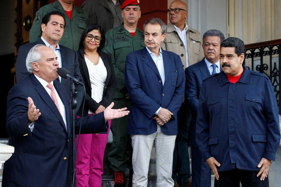 Negociadores internacionales en Venezuela, Nicolás Maduro, Zapatero. FOTO: Reuters
