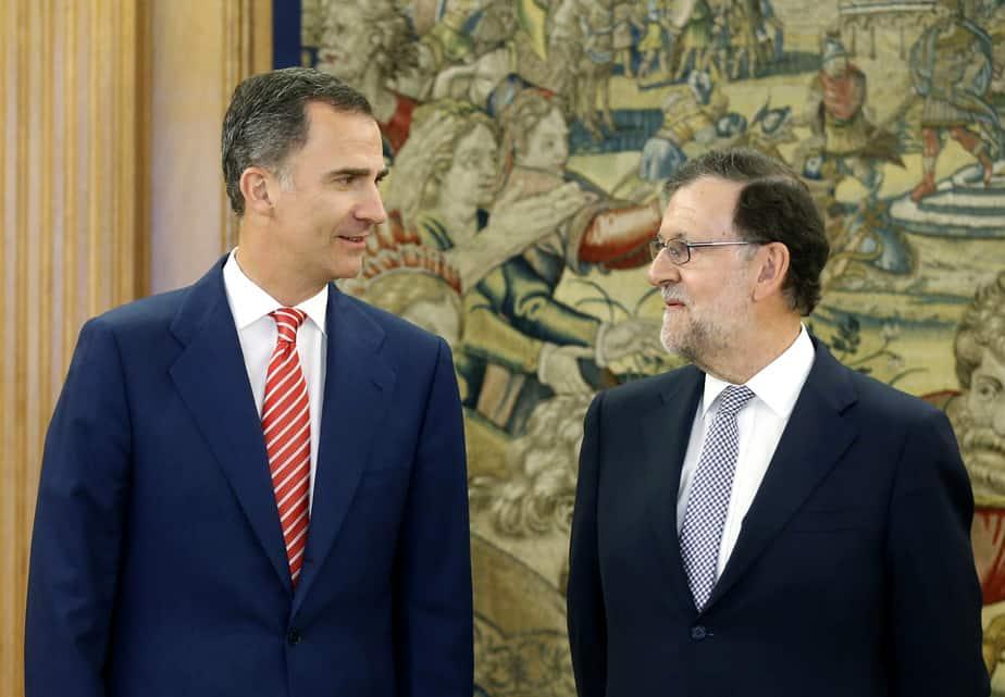 Reunión entre el Rey Felipe VI y el presidente del Gobierno en funciones Mariano Rajoy. FOTO: Reuters