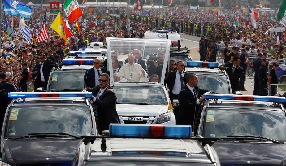 El papa Francisco durante la Jornada Mundial de la Juventud de Polonia. FOTO: Reuters
