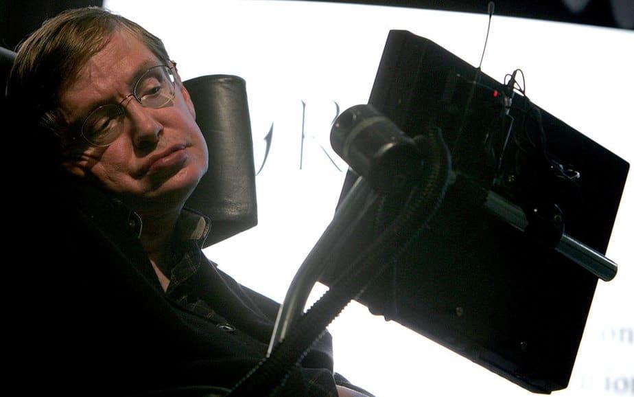 Stephen Hawking es mundialmente conocido por sus conceptos sobre los agujeros negros y por sus predicciones sobre la existencia de extraterrestres