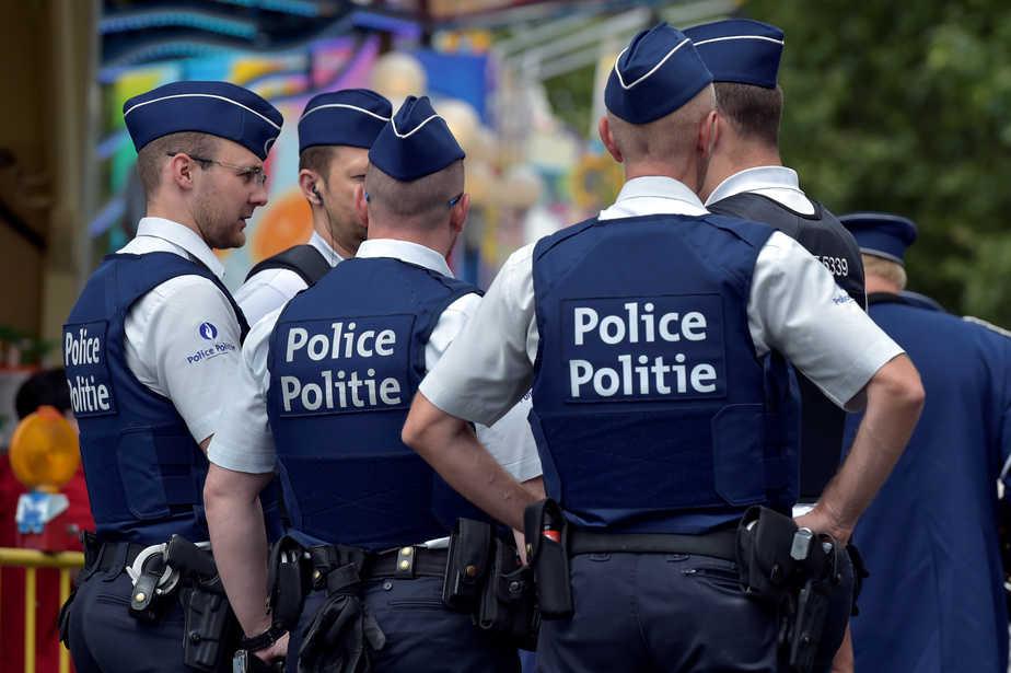 Un grupo de policías de Bélgica en una imagen de archivo. FOTO: Reuters