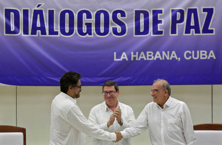 Firma de la paz entre las FARC y el Gobierno colombiano, en La Habana.
