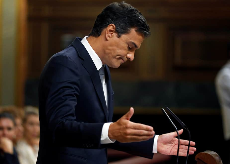 Spain's Socialist Party (PSOE) leader Pedro Sanchez reacts during an investiture debate at parliament in Madrid, Spain August 31, 2016. REUTERS/Andrea Comas - RTX2NPWG