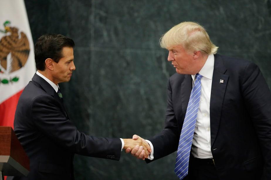 Trump deja México sin disculparse y con la idea de levantar el muro