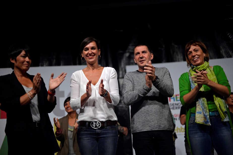 Candidatos de EH Bildu el pasado 25 de septiembre.  FOTO: Reuters