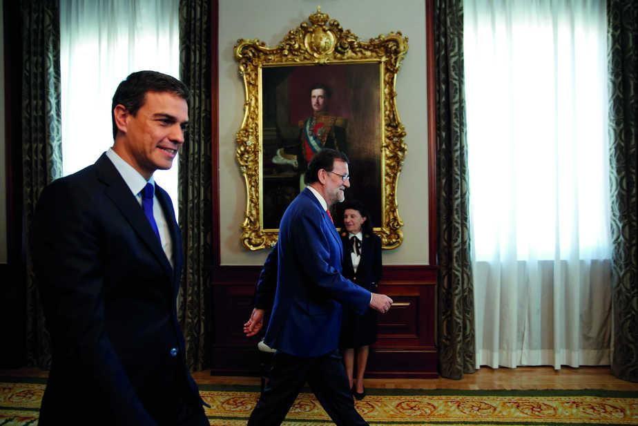 Mariano Rajoy y Pedro Sánchez. FOTO: Reuters