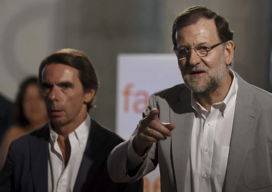 José María Aznar y Mariano Rajoy. FOTO: Reuters