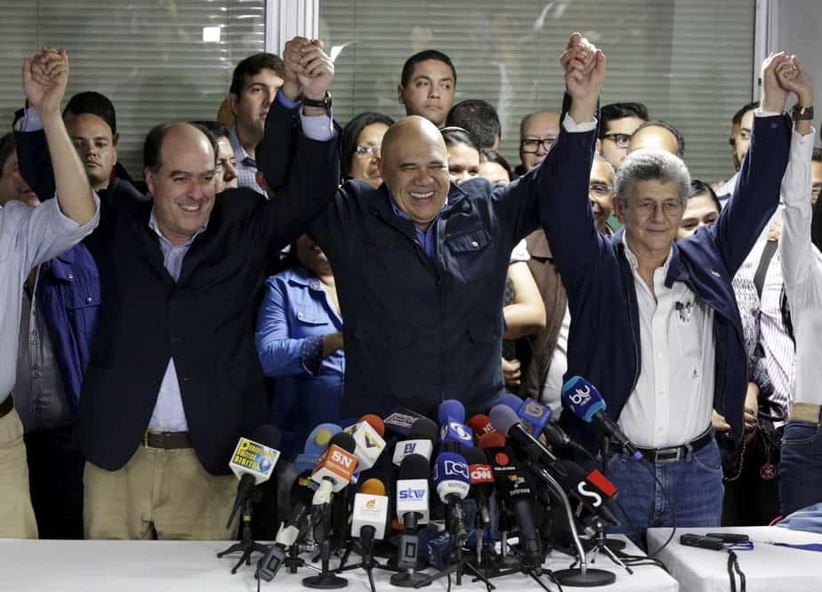 La oposición trata de mantenerse unida FOTO: Reuters