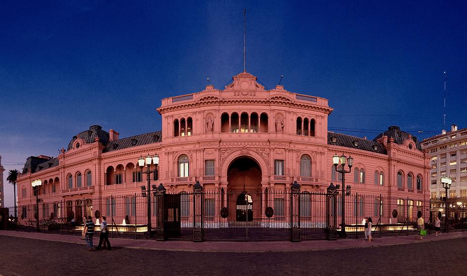 La Casa Rosada En Argentina Ahora Será La Casa Verde
