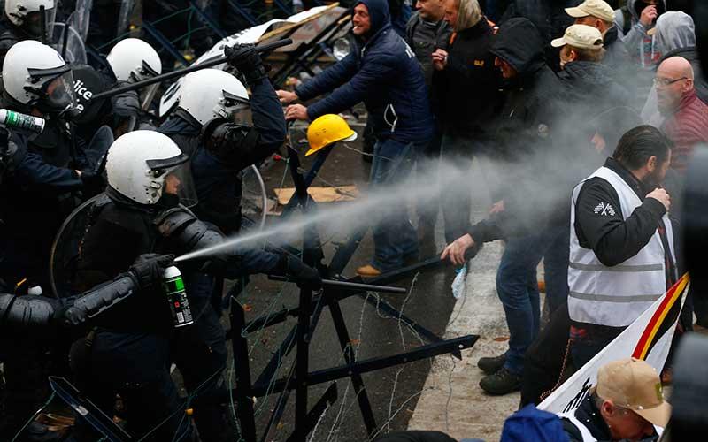 Soldados retirados contra Policías en Bélgica