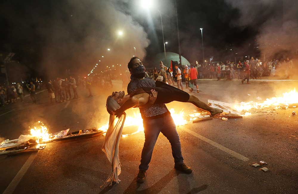 Disturbios en Brasil contra Temer