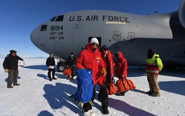 Jonh Kerry en la Antartica