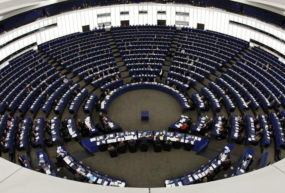Parlamento Europeo pide ampliar sanciones de la UE a Venezuela