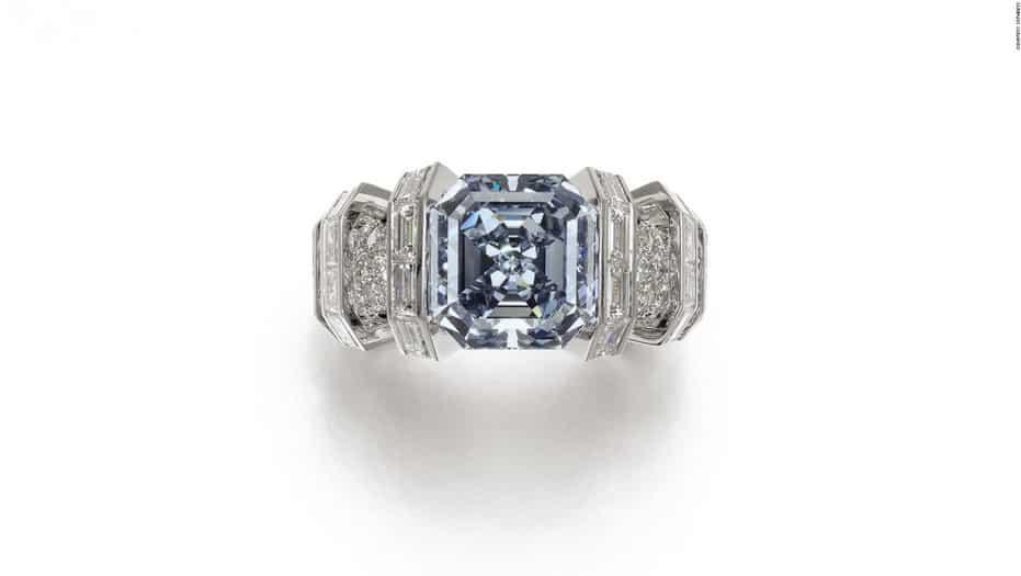 El 'Sky Blue Diamond' será subastado por Sotheby's el próximo 16 de noviembre y tiene un precio de preventa estimado de entre 15 a 25 millones de dólares