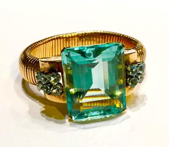 Una de las joyas expuestas en Feriarte.