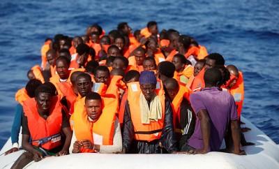 Trece migrantes fueron encontrados muertos hoy en el Mediterráneo central