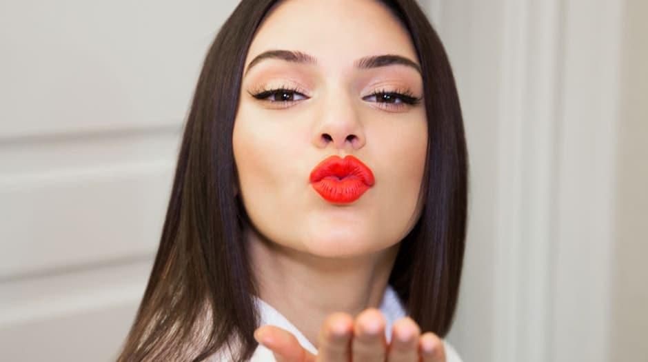 Фото с пухленькими губками, Девушки с отвисшими половыми губами - (65 фото) 25 фотография