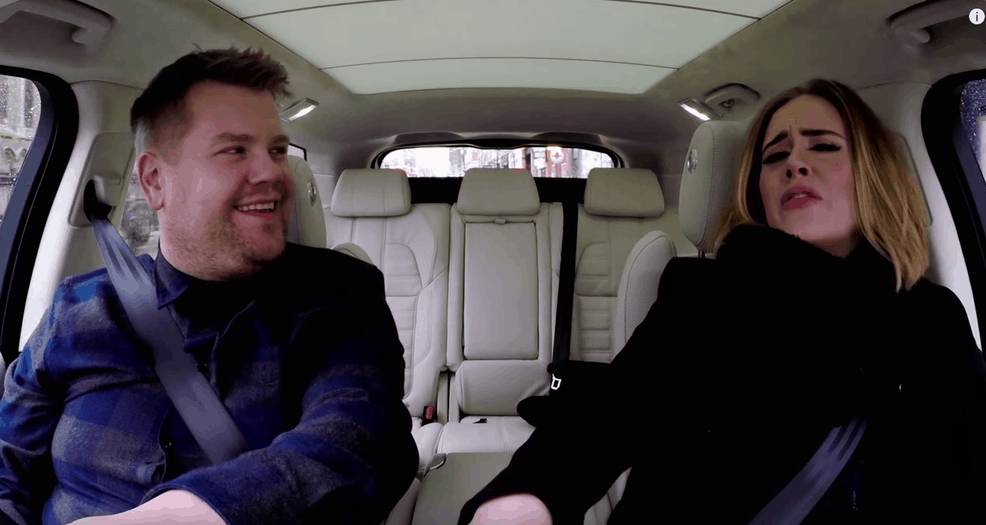 "Captura del segmento ""Carpool Kareoke"" que lidera el comediante James Corden. Su video con Adele fue anunciado como el más visto de Youtube en el 2016. Youtube"