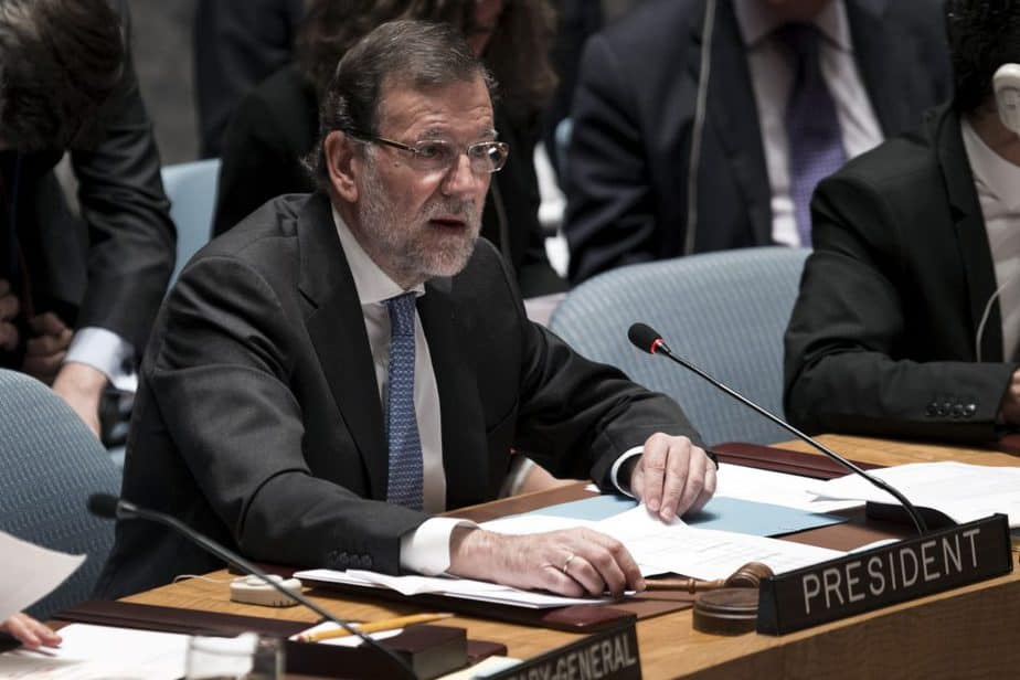 Spanish Prime Minister Mariano Rajoy speaks while serving as President of the United Nations Security Council during a meeting on Women, Peace and Security at U.N. headquarters in New York, October 13, 2015.  REUTERS/Mike Segar - RTS49UV