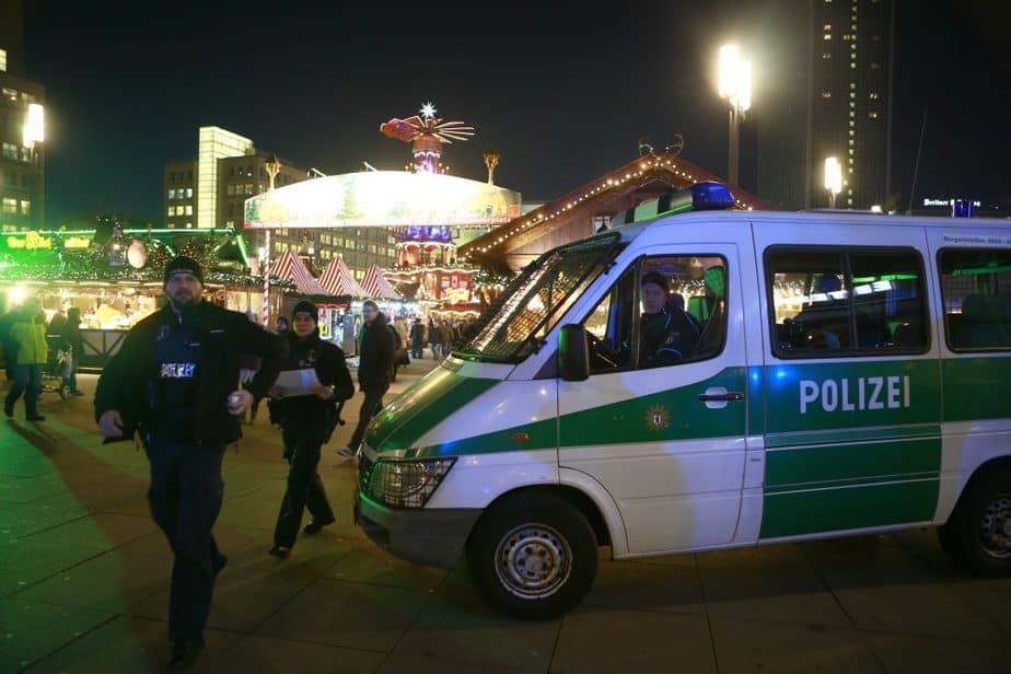 Policía alemana en Berlín. FOTO: Reuters