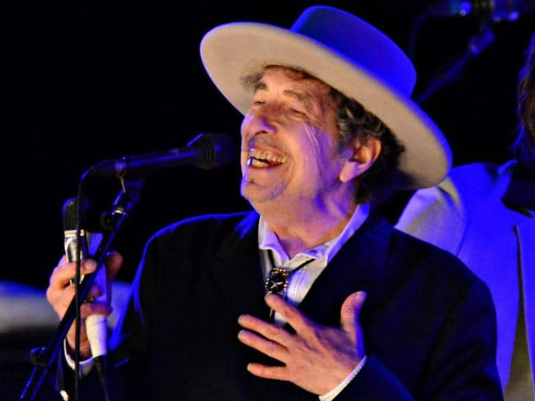 U.S. musician Bob Dylan performs during on day 2 of The Hop Festival in Paddock Wood, Kent, June 30, 2012. REUTERS/Ki Price