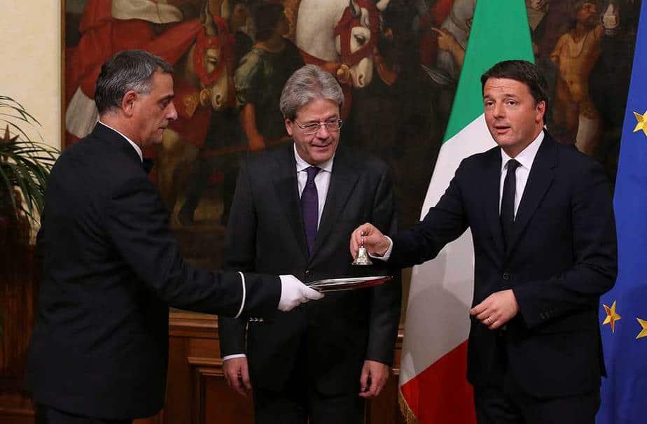 Paolo Gentiloni y Matteo Renzi