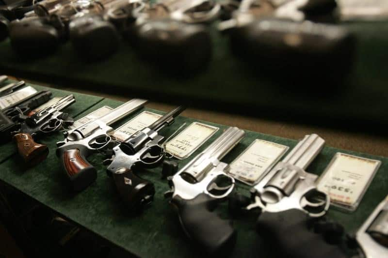 videos sobre armas de fuego