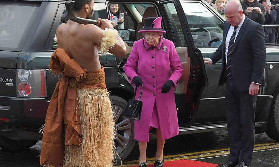 Reina Isabel de Gran Bretaña