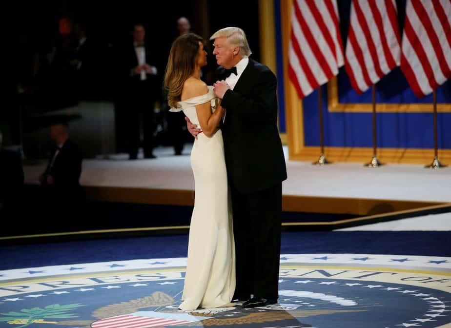 Trump y su mujer Melania. FOTO: Reuters