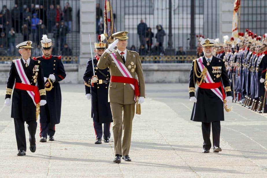 Los reyes durante la celebración de la Pascua Militar de 2016. FOTO: Reuters