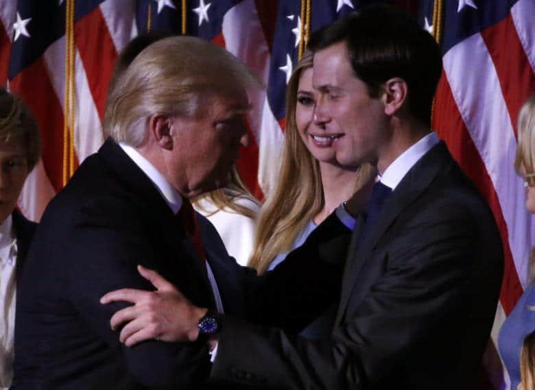 Trump, su hija Ivanka y su yerno, el empresario Jared Kushner, a quien acaba de nombrar como su asesor.  REUTERS/Jonathan Ernst