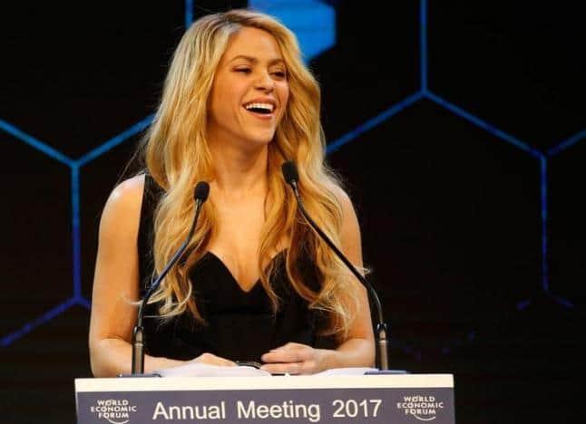 Shakira es denunciada por Hacienda