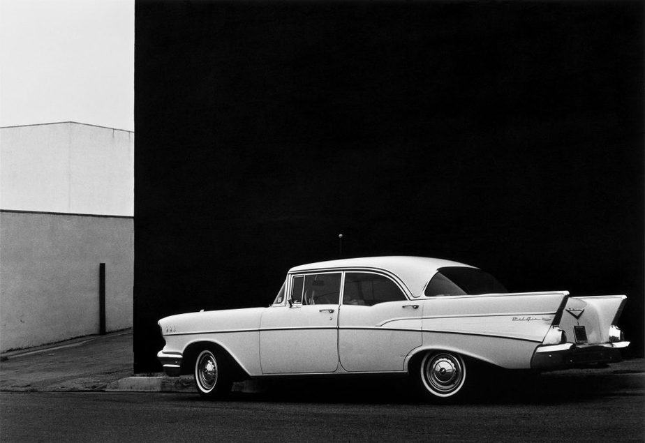 Lewis Baltz Monterey, from the series The Prototype Works, 1967 Silver gelatin copy 20 x 25,2 cm Galerie Thomas Zander, Colonia ©The Lewis Baltz Trust