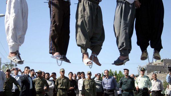 Condenado a muerte periodista iraní