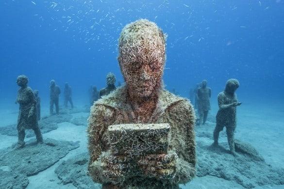 """Una de las esculturas de """"Rubicón"""". Jason deCaires Taylor"""