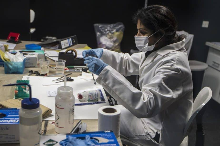 Paralizado el número de mujeres científicas en España. Foto: Reuters