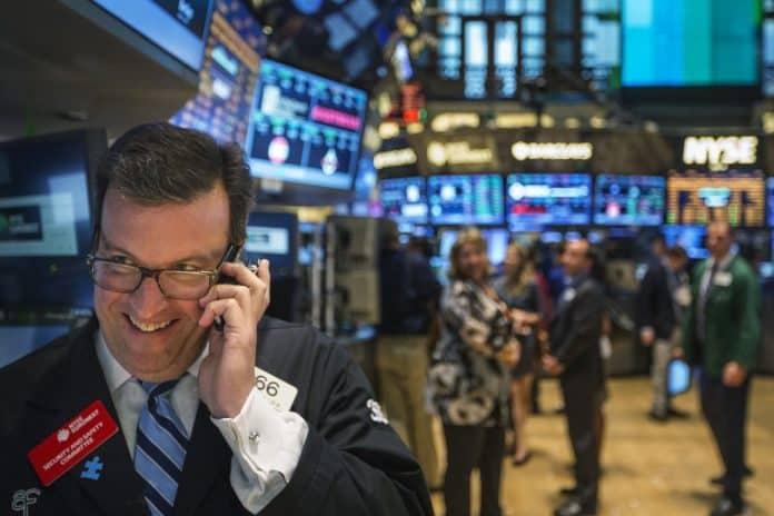 El buen sabor de boca de la remontada de los indicadores Wall Street contagió al mercado este miércoles