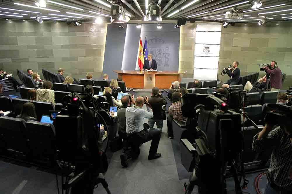 El Gobierno insiste en que la investidura de Puigdemont es imposible