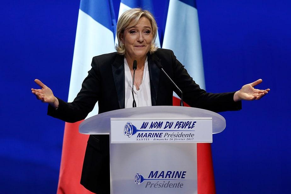 La máxima dirigente del Frente Nacional, Marine Le Pen.  FOTO: Reuters