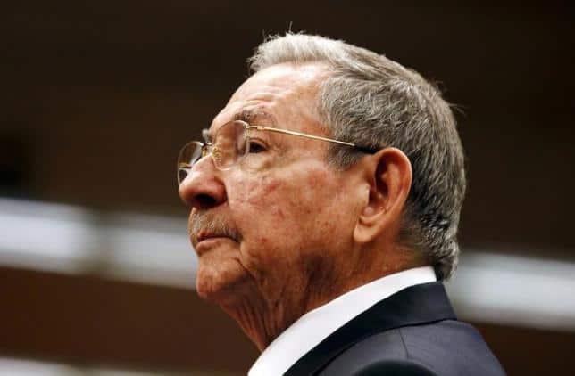 Raúl Castro estará dos meses más en la presidencia