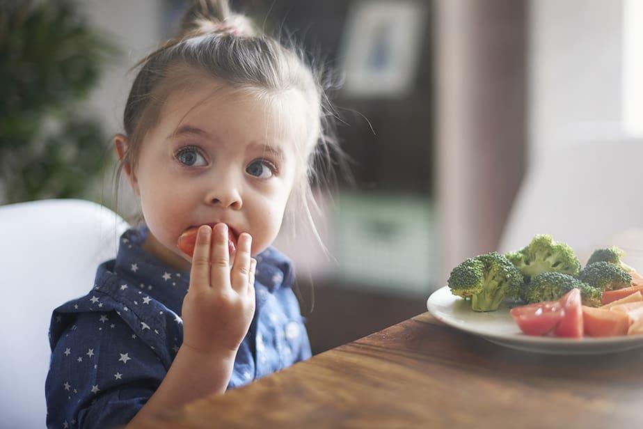 DKV. Alimentación, obesidad infantil.