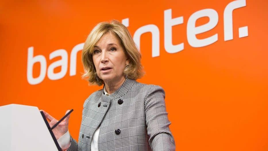 María Dolores Dancausa, la única mujer en la lista de los 50 mejores CEO de España 2017