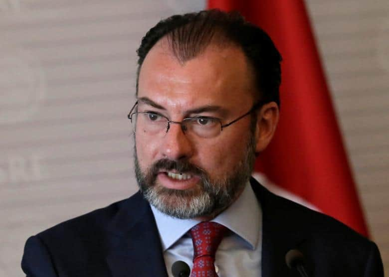 Mexico's Foreign Minister Luis Videgaray gives a speech to the media next to Turkish Foreign Minister Mevlut Cavusoglu (not pictured), at the foreign ministry building (SRE) in Mexico City, Mexico February 3, 2017. REUTERS/Henry Romero